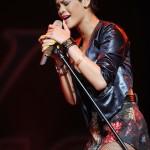 rihannay100jingleball6-150x150 Rihanna: photos sexy en mini jupe